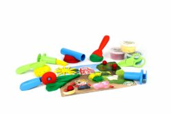 Green Toys Dough Set with Play Mat and Tools (Play Doh Eco Toy)